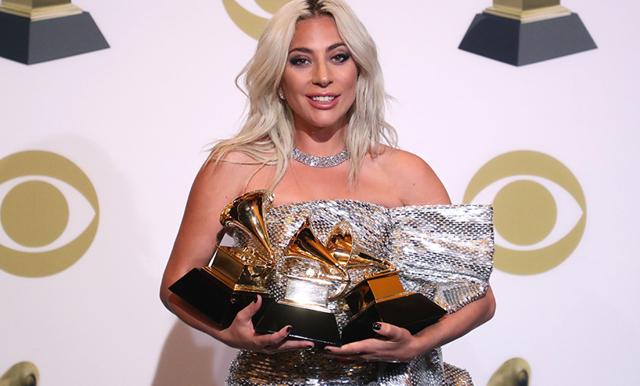 Lady Gaga hyllas för sitt starka tacktal om psykisk ohälsa
