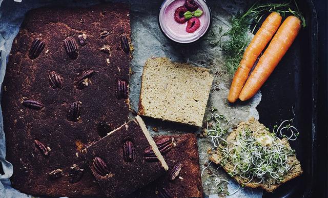 Långpannebröd med pekannötter, rivna morötter och kikärtsmjöl