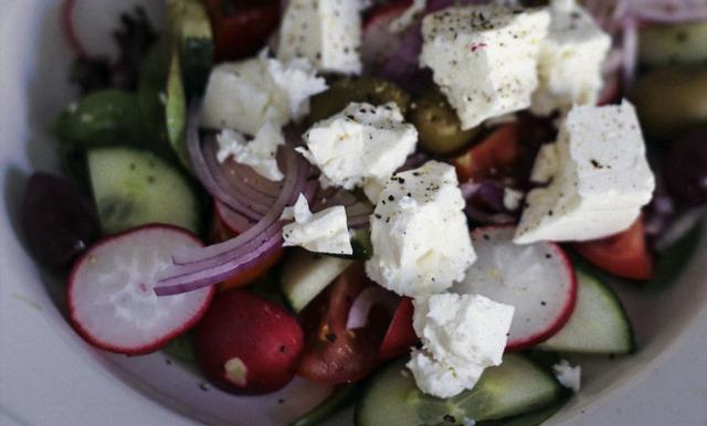 Foodjunkies grekiska sallad