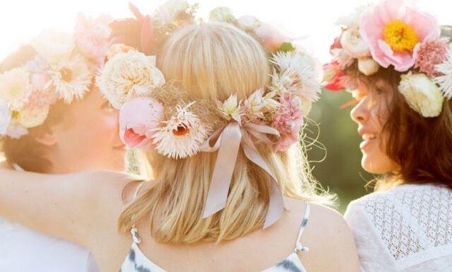 DIY! Så binder du enkelt en midsommarkrans som en florist