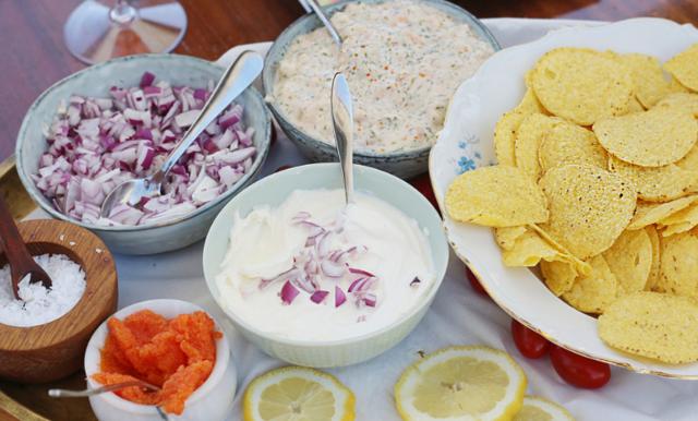 Glöm vanlig tacos! I sommar frossar vi i skärgårdsnachos med skagen och löjrom