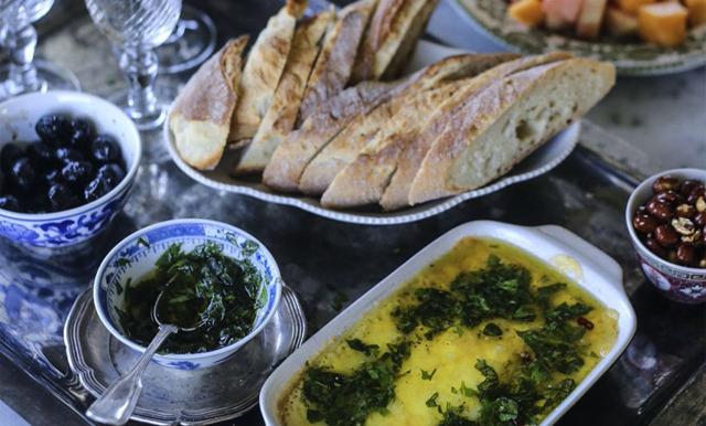 Foodjunkies smält ost i ugn med chimichurri