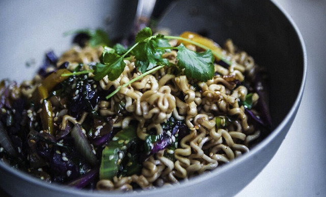 Foodjunkies goda asiatiska wok (vego)