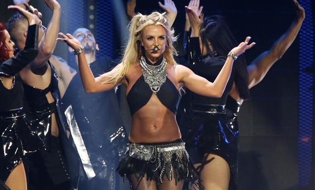 Britney Spears slutar sjunga professionellt enligt uppgifter