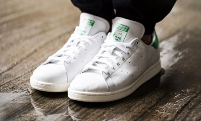 Skitiga sneakers? 3 enkla tips för att få dina skor vita igen