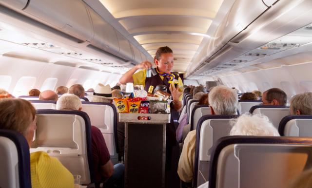 Detta stör sig flygpersonalen på – 8 saker du inte bör göra när du flyger