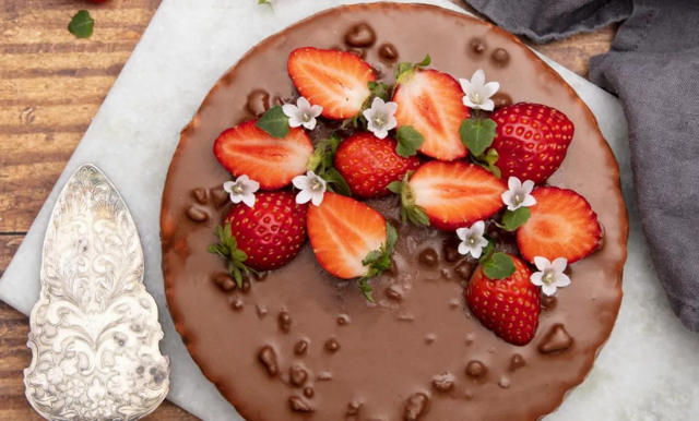 Almondys Daimtårta fyller 20 år – och det firas varje dag året ut!