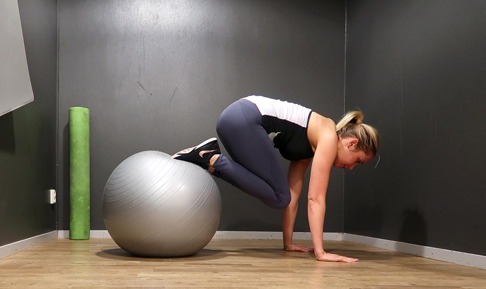 traning-mage-pilatesboll