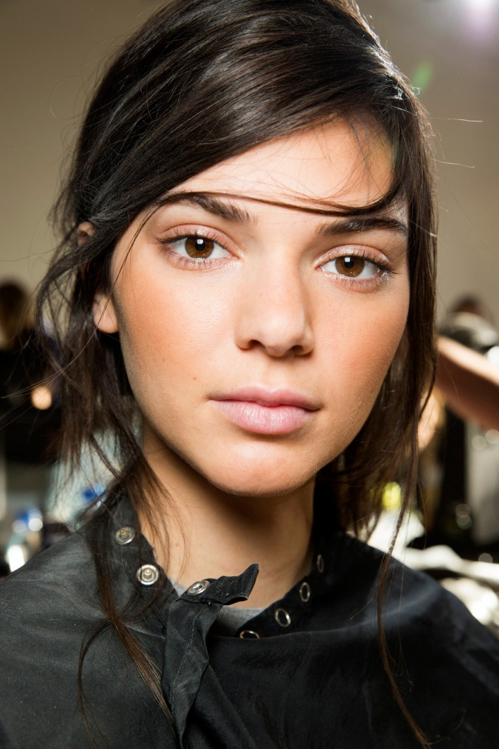 18-the-best-beauty-trends-from-new-york-spring-2016-fashion-week-no-makeup-makeup
