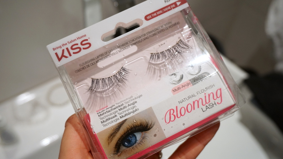 blooming-lashes