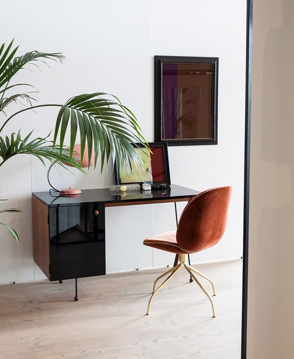 skrivbord-stol-gubi