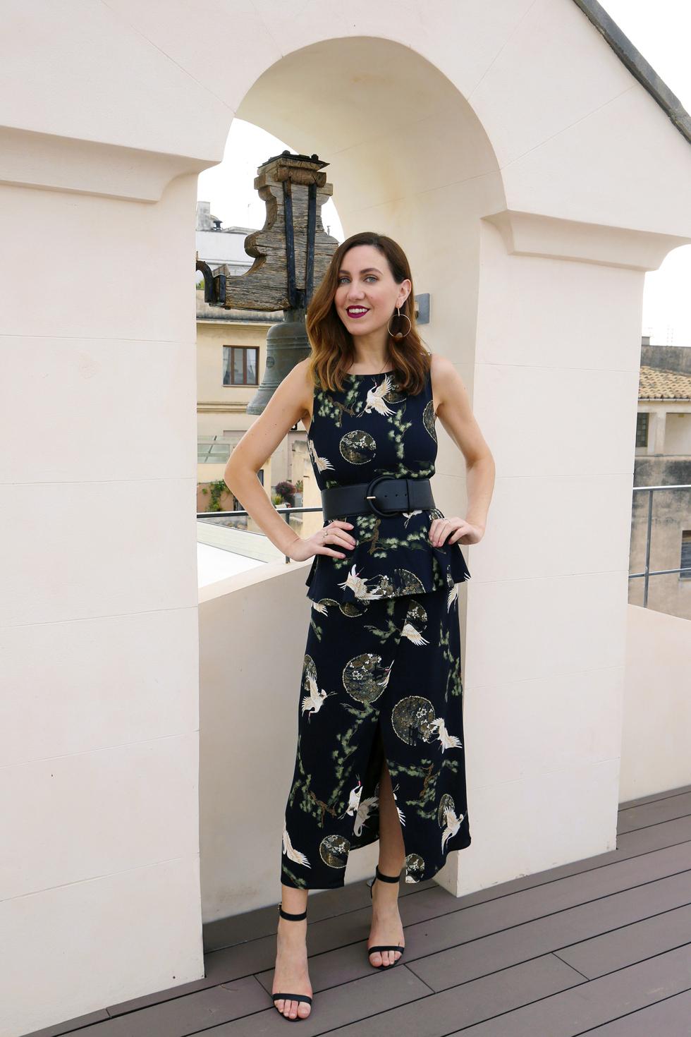 5968c17a005d Men plaggen går ju naturligtvis att bära var för sig också. Tänk er den här  kjolen tillsammans med ett vitt linne och ett par sandaler exempelvis. Så  fint ...