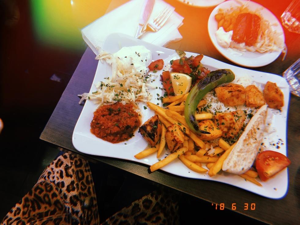 sara-che-kungens-kebab-skanstull