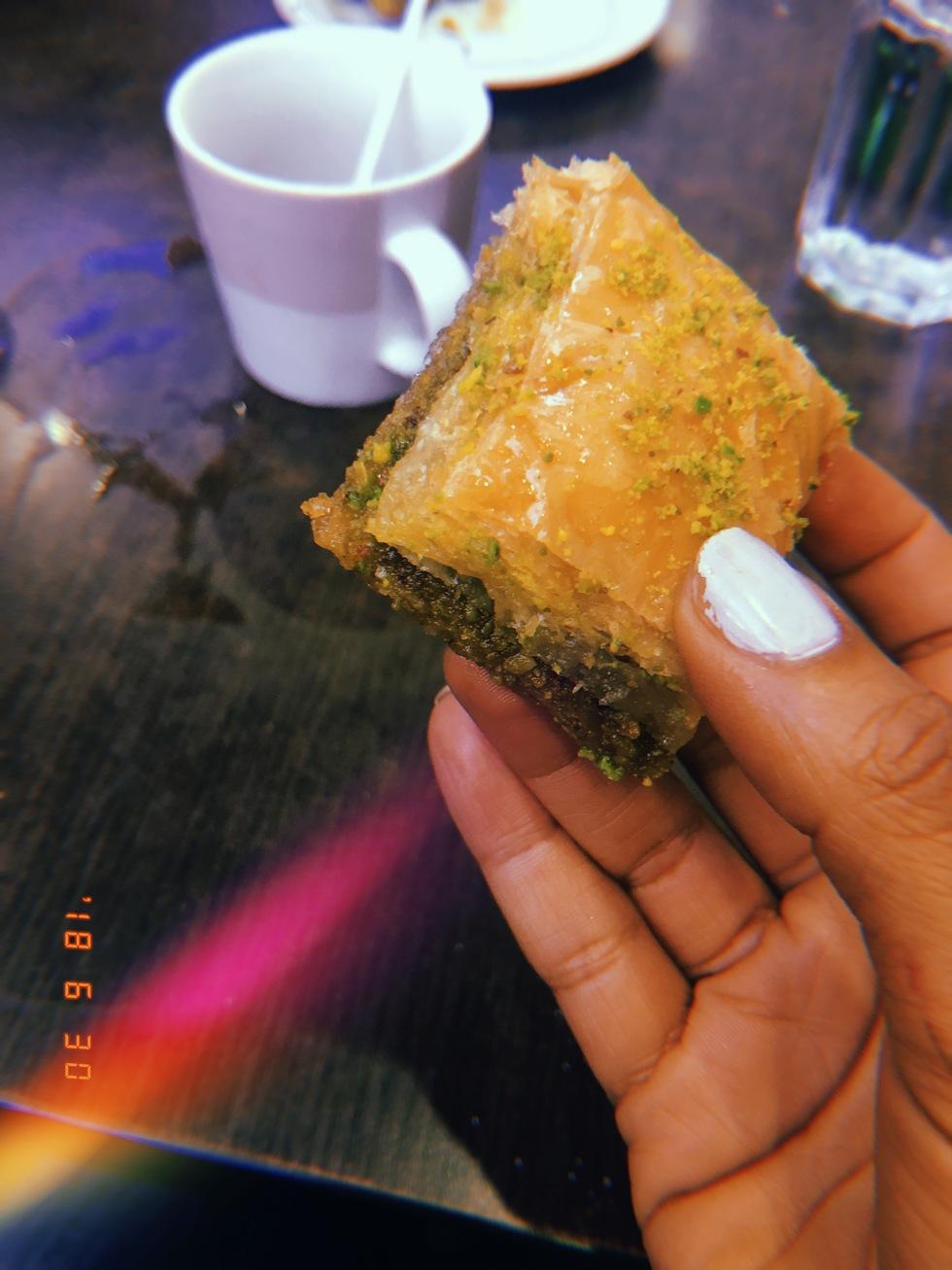 sara-che-kungens-kebab-baklava