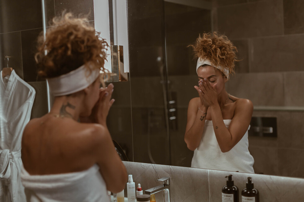 sara-che-beauty-skin-care-decleor-routine-st-gerorge-hotel-