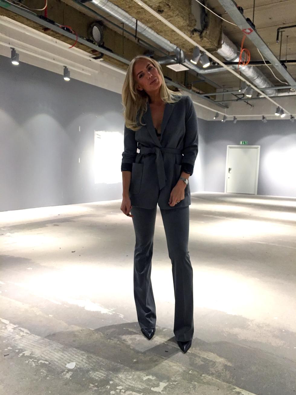Kostym-Grå