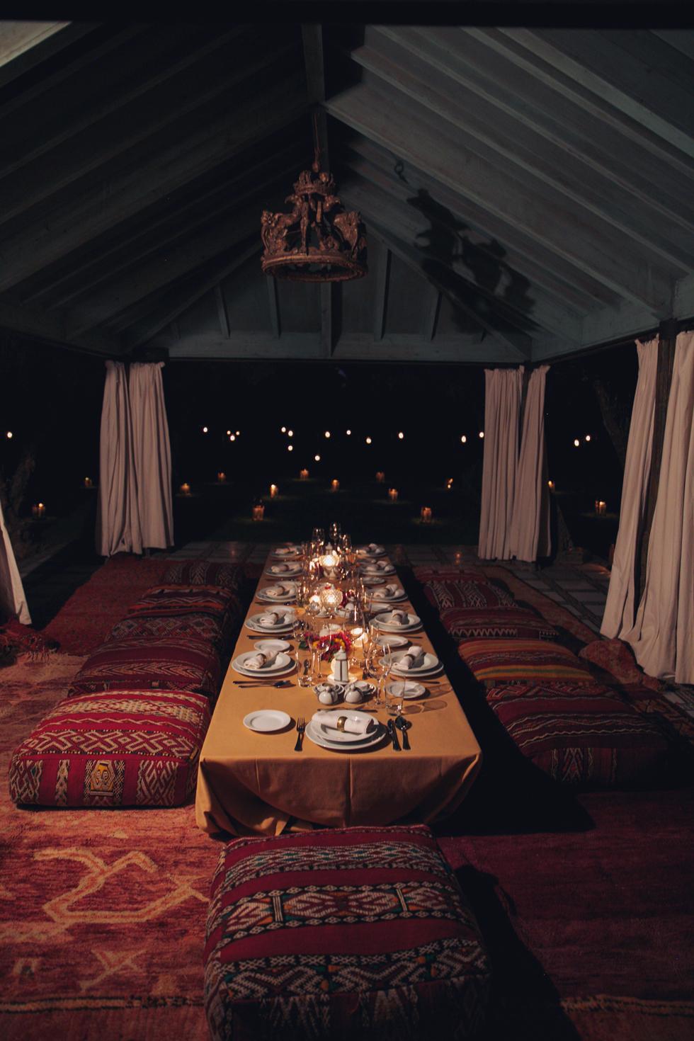 Middag-Utomhus