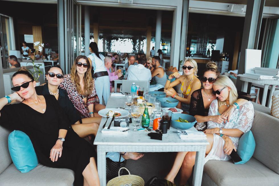 Thailand Phuket Beachclub_-7