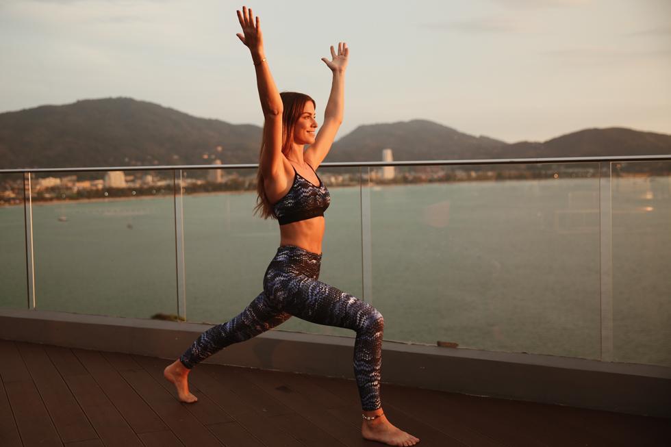 Petra-Tungården-Yoga-Röhnisch