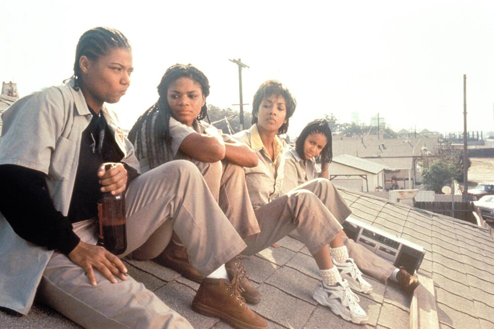 still-of-vivica-a.-fox,-jada-pinkett-smith,-queen-latifah-and-kimberly-elise-in-set-it-off-(1996)-large-picture