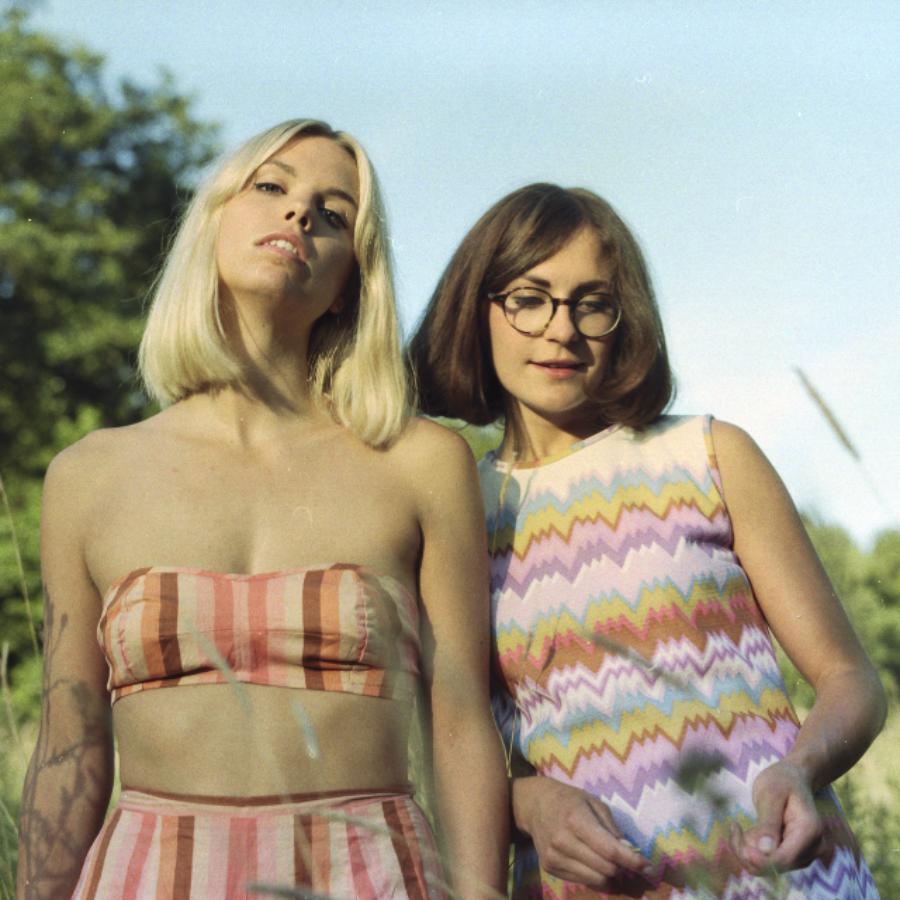 Flora&Sara (68 av 123)