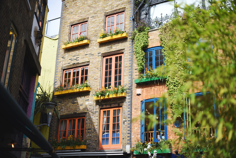 Neals Yard, Londonguide