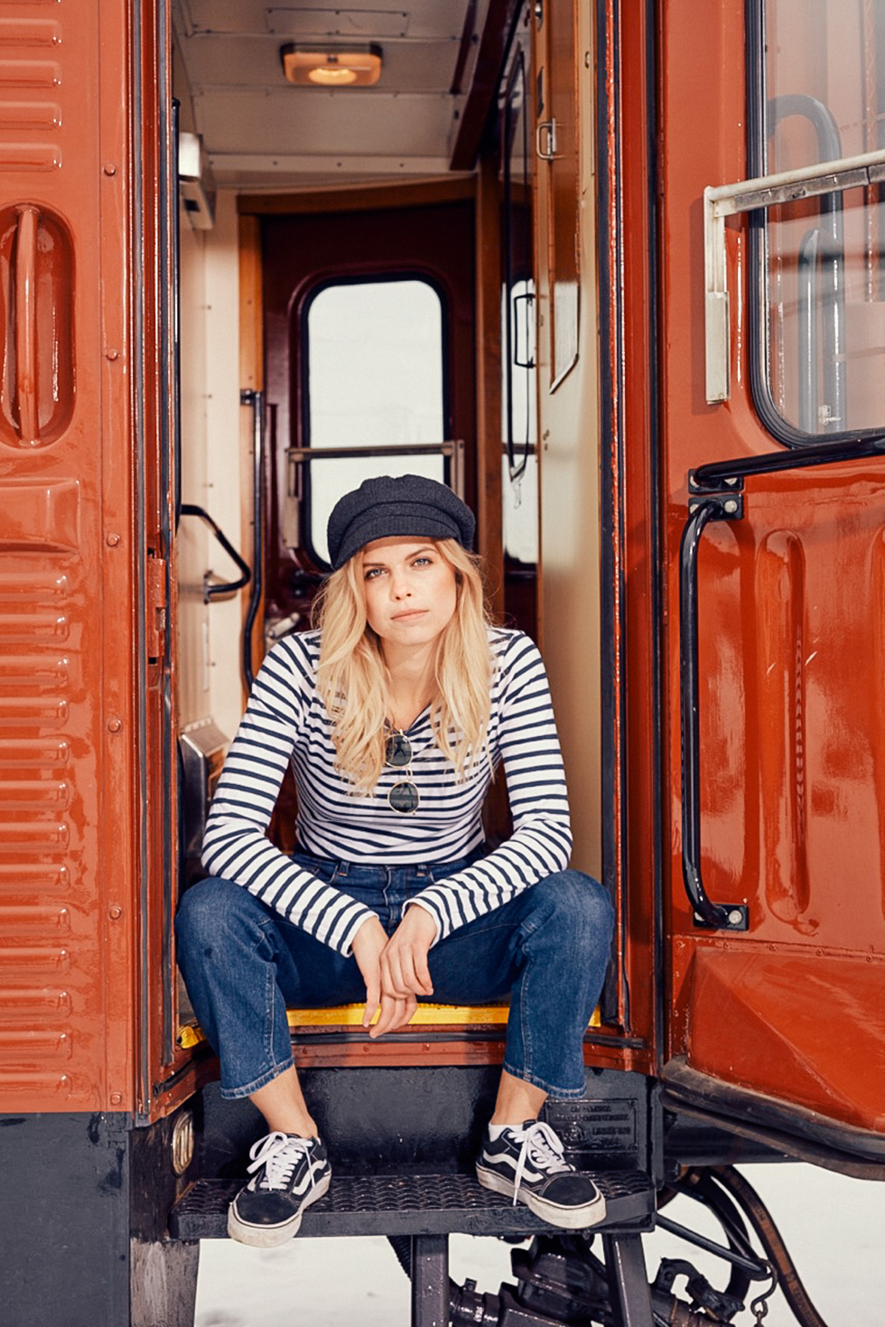 train outfit flora wistrom-5
