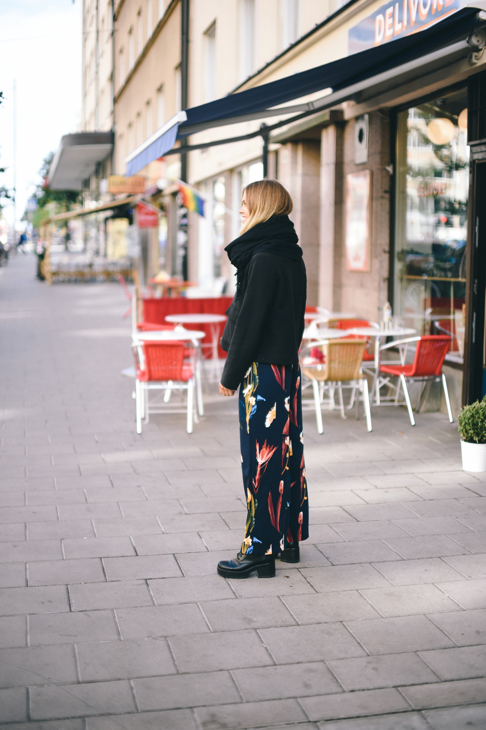 Flora Wiström in Weekday Julia Print trouser, @florawis, flora.metromode.se