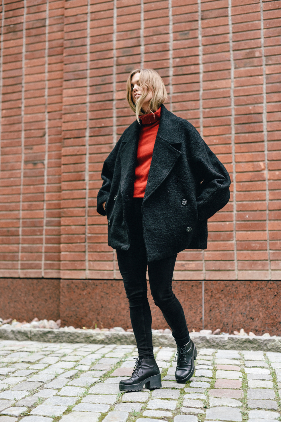 weekday sandy jacket peacoat flora wiström-1