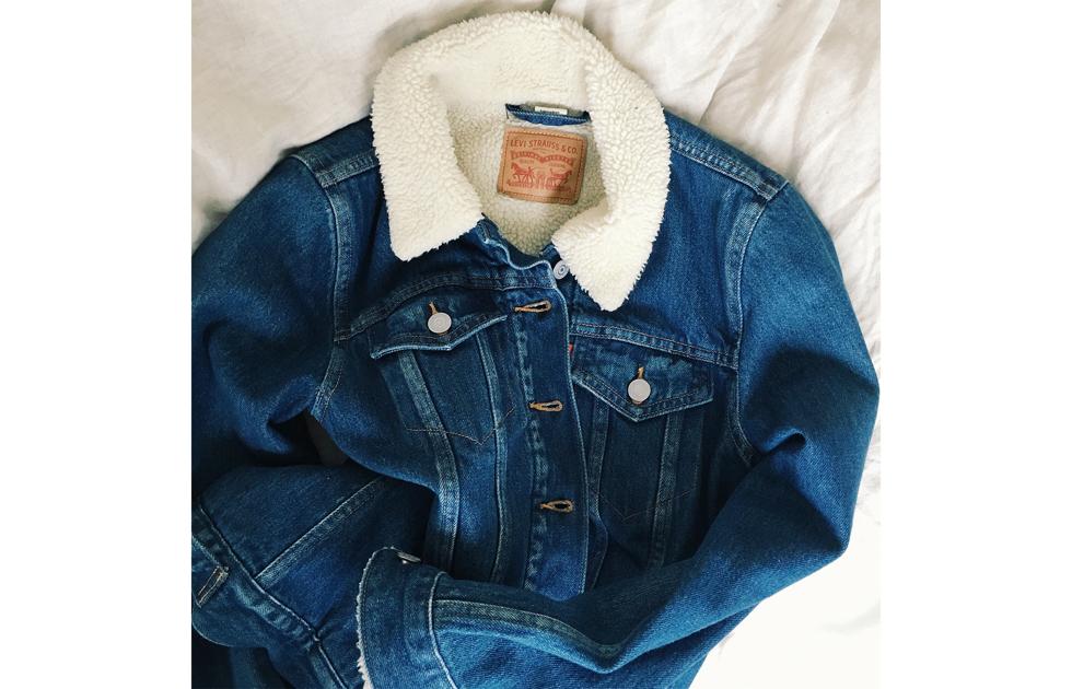 levis sherpa trucker jeans jacket