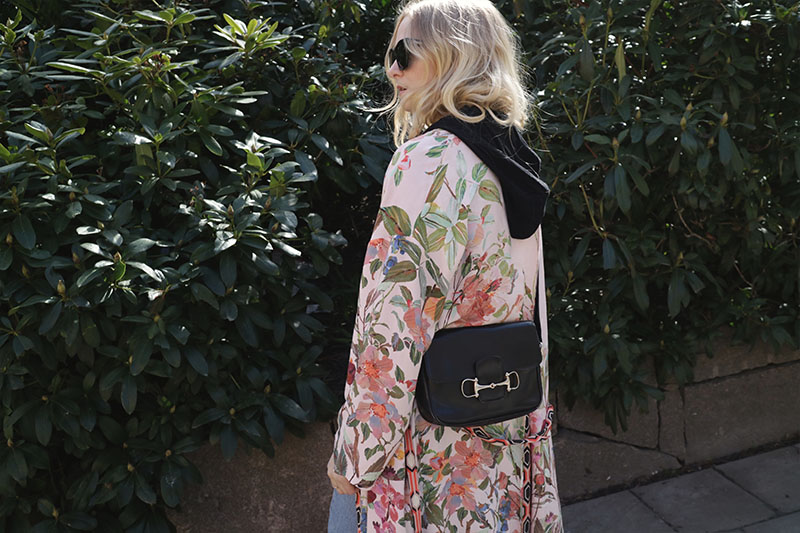 Kimono med hoodie