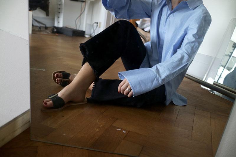 Studio floor outfit