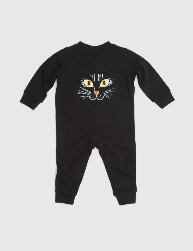 3231_fb2aea86ec-15140180-cat-face-apl-onesie-2