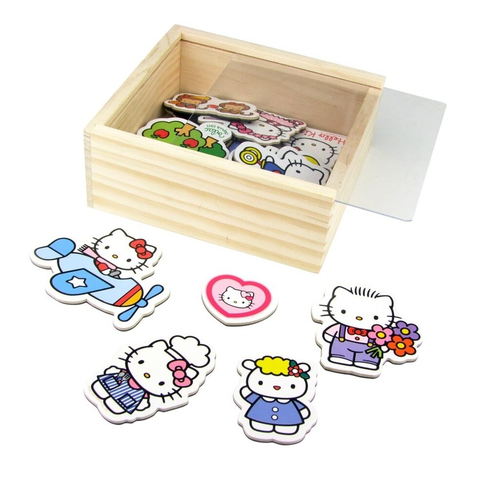 hello-kitty-magnets