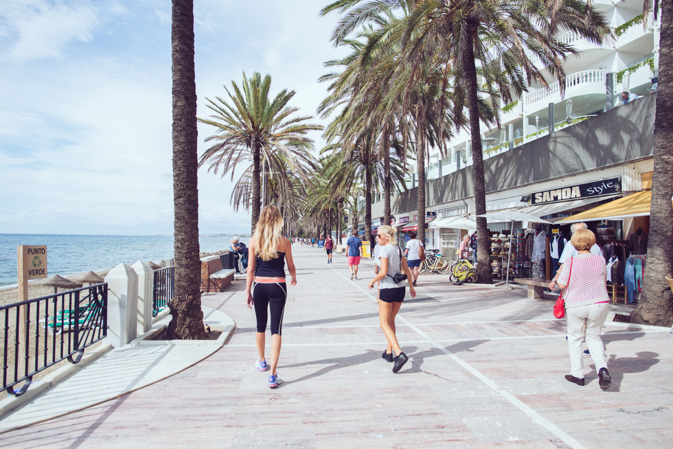 janni-deler-marbella-beachwalkDSC_2232