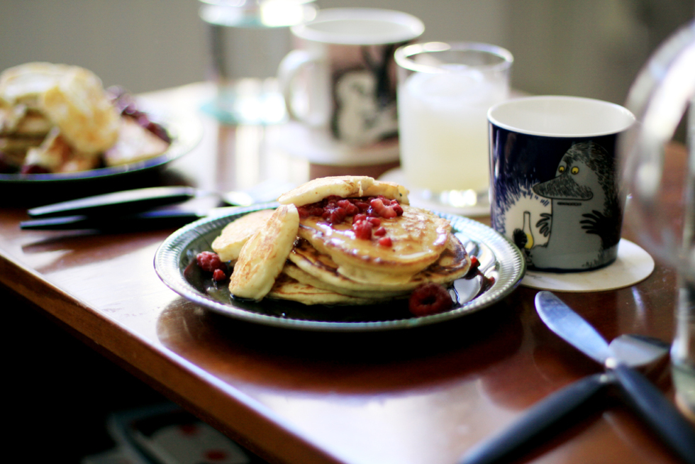 amerikanska pannkakor med halloumi