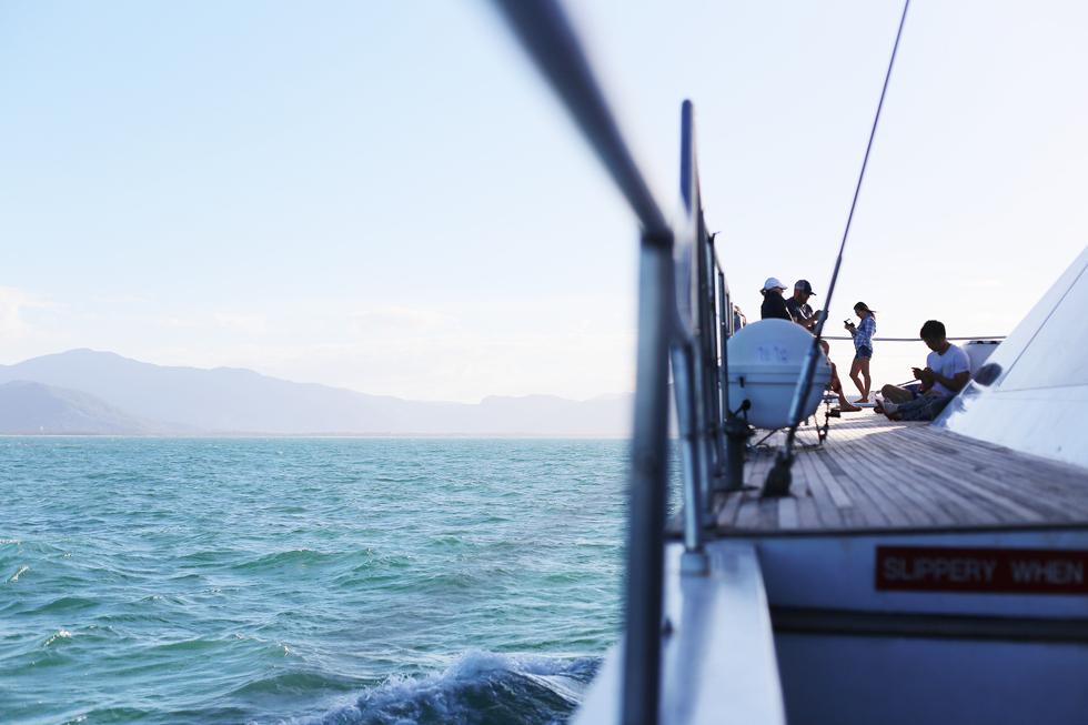 en båttur vid stora barriärrevet41