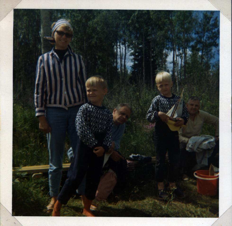 farmor Britt-Marie Nicke farfar Hans Krister och farbror Arne