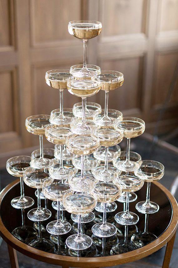 8 champagnetorn