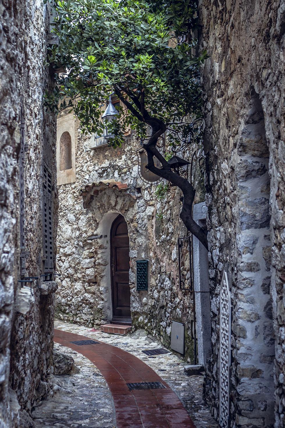Chateau De La Chevre D'Or IMG_6858