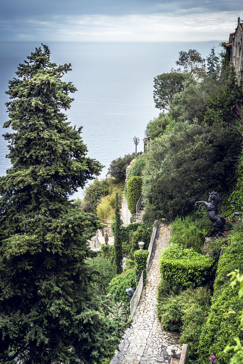 Chateau De La Chevre D'Or jardin IMG_6863
