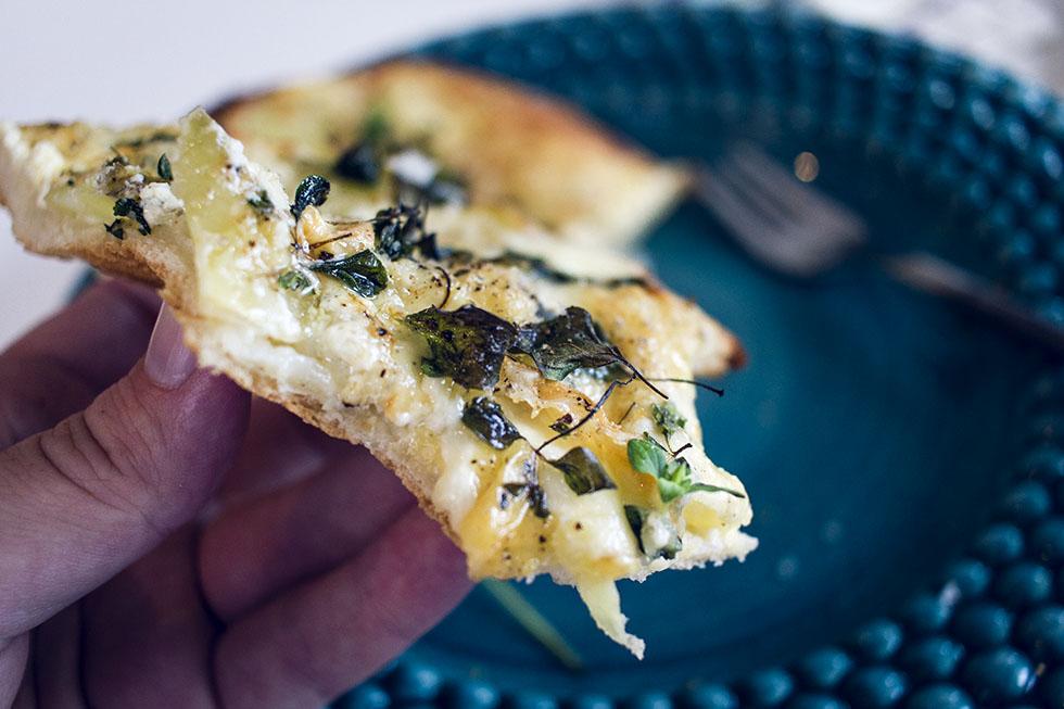 vit pizza med potatis IMG_3097