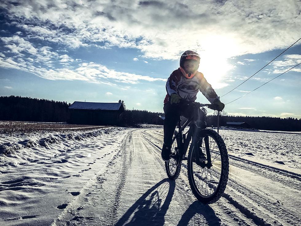 cykla-pa-sno-img_7736