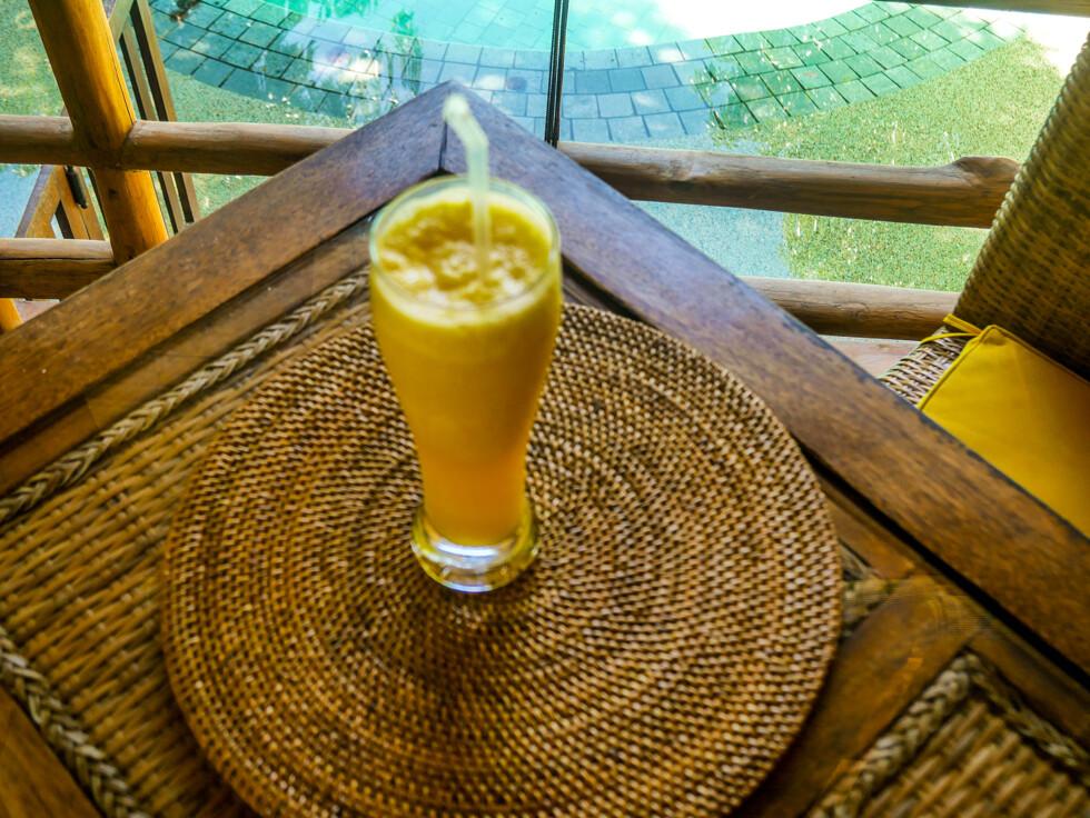 Gudomlig gurkmeja juice