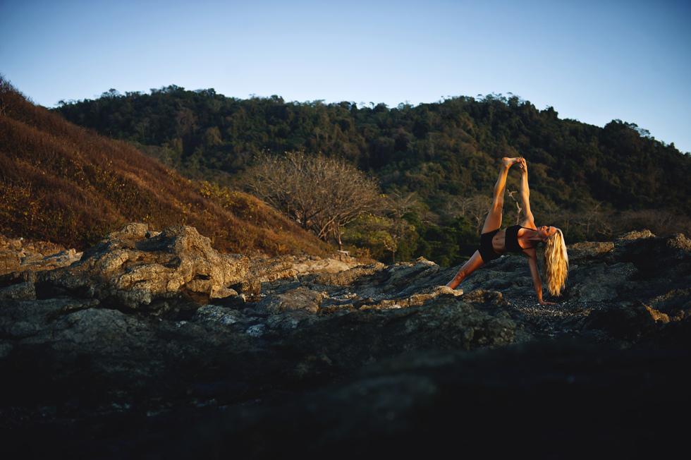 josefine bengtsson. vad finns bakom den akrobatiska yogaposition