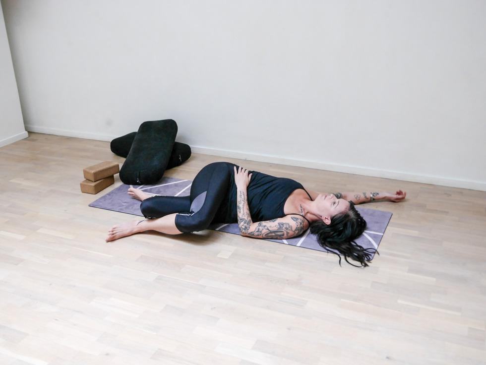 Yogautmaning Yin twisted roots