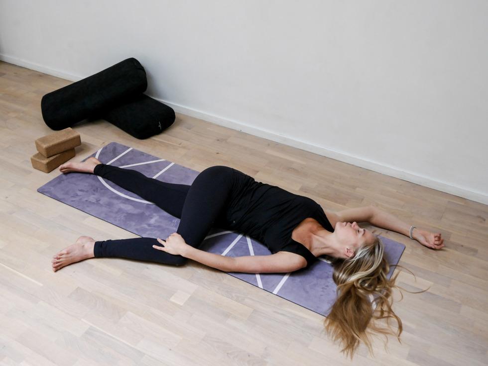 Yogautmaning Yin twisted roots-1