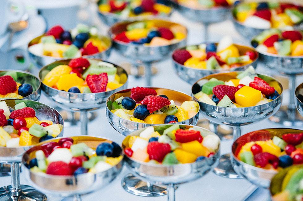 bokrelease-en-god-morgon-anja-forsnor-kokbok-frukost-miss-clara-hotell-fruktsallad