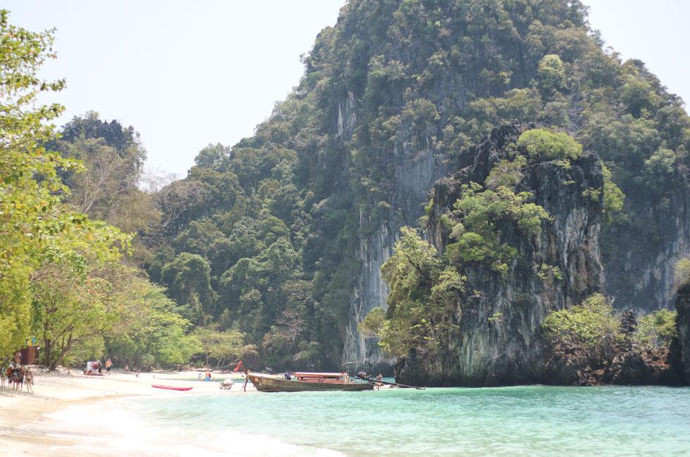 hong-island-thailand-krabi-longtail-boat