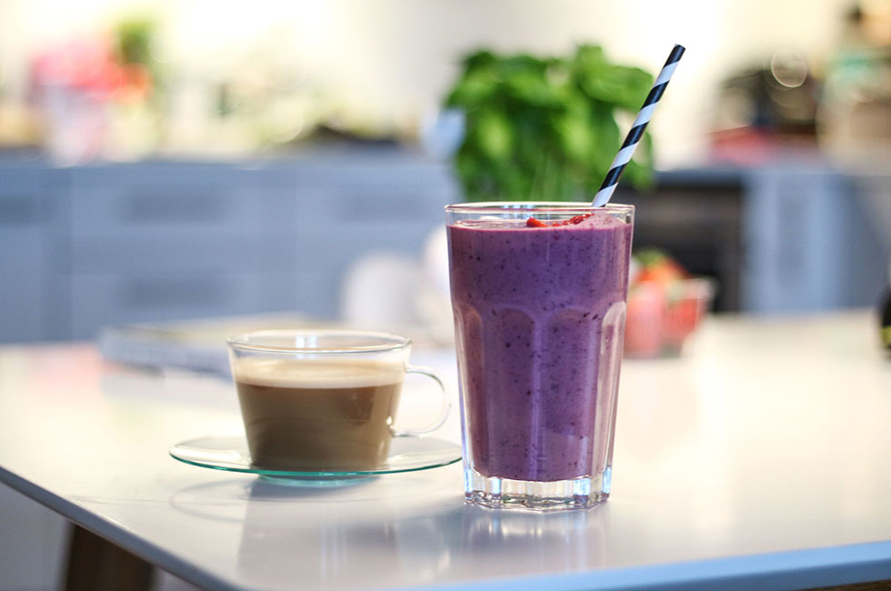 kaffe-smoothie-frukost